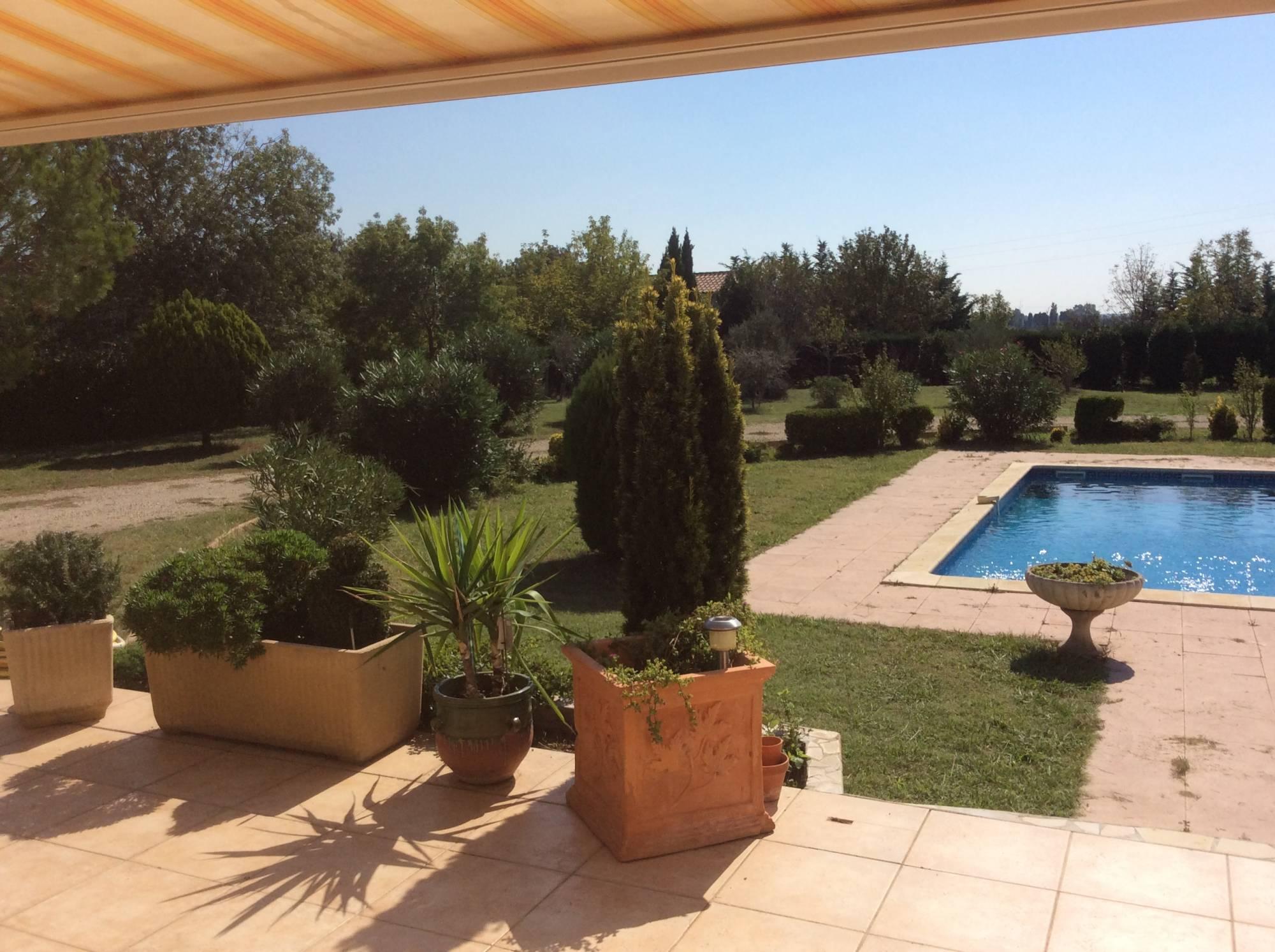 Villa en campagne type 6 13310 saint martin de crau villa en campagne sud alpilles avec belle - Piscine tubulaire avec terrasse lyon ...